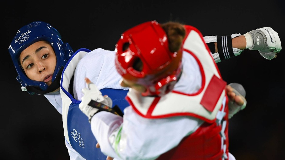 Kimia Alisadeh bei ihrem Bronzemedaillenkampf gegen die Schwedin Nikita Glasnovic in Rio 2016.