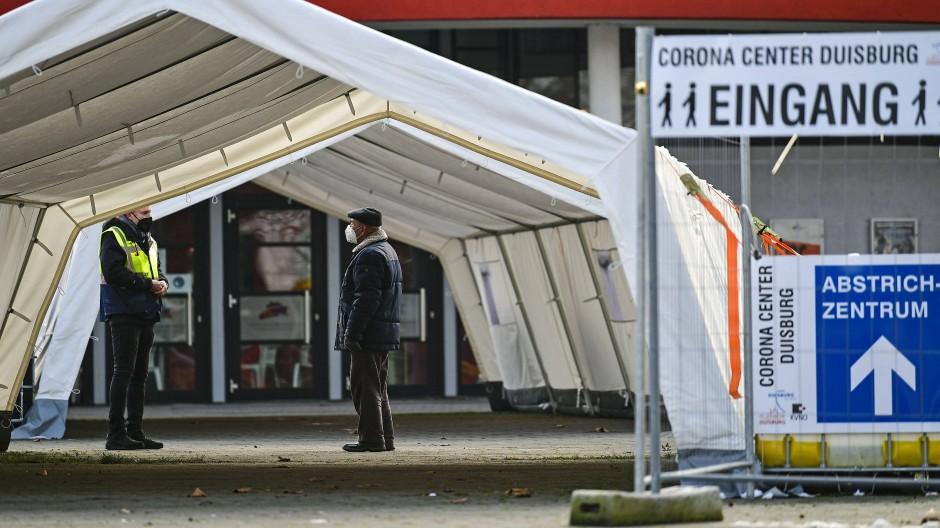 Corona-Testzentrum in Duisburg: Die Stadt nutzt eine neue App.