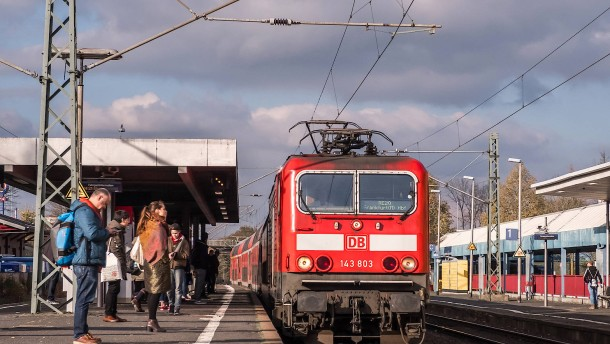 Pro Bahn fordert billigere Tickets und besseres Angebot