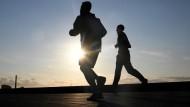 Öfter Sport machen steht bei vielen Menschen auf der Vorsatzliste.