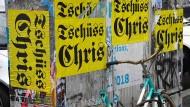 Bitterer Abschied: Berliner Plakate erinnern an Chris Dercon