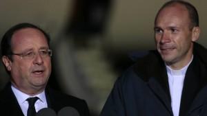 Entführter Priester wieder in Frankreich