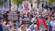 Demonstration gegen Boris Johnson am Samstag vor dem Regierungssitz in London.