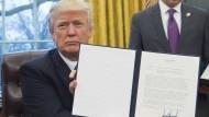 Wirklich das Ende für das Freihandelsabkommen TPP? Der neue amerikanische Präsident Trump widerruft den Vertrag mit asiatischen Ländern.