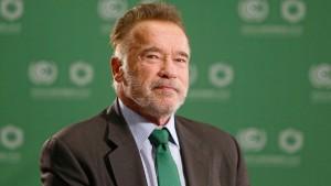 """Arnold Schwarzenegger fühlt sich nach Herz-OP """"phantastisch"""""""