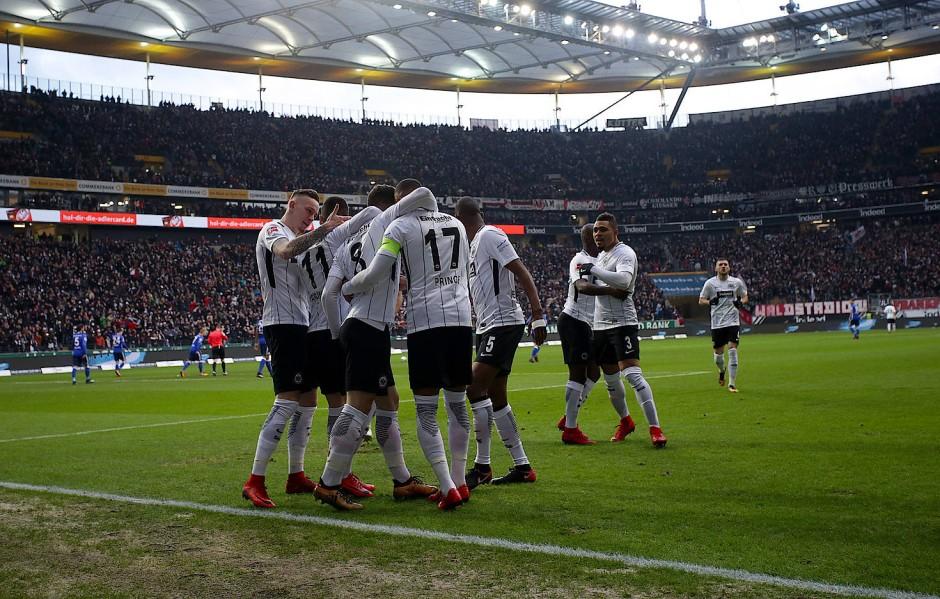 Volles Haus: Die Eintracht spielt meist in einer ausverkauften Frankfurter Arena.