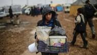Flüchtlingsjunge in Syrien an der Grenze zur Türkei