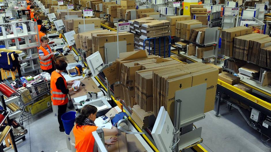 Amazon wird oft vorgeworfen, zu wenig Steuern zu zahlen.