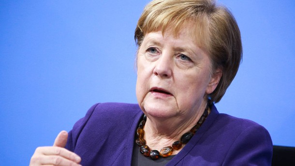 Merkel: Hilfen des Staates werden weniger