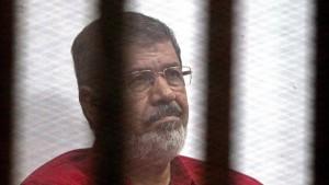 Todesstrafe für Ägyptens Ex-Präsident Mursi aufgehoben