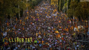 Hunderttausende Katalanen demonstrieren gegen den spanischen Staat