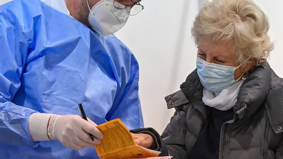 Noch läuft in Deutschland in Sachen Impfausweis alles analog.