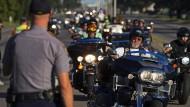Hunderte Biker erinnern an erschossene Polizisten