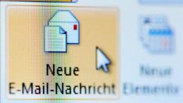 E-Mails bei Deutschen trotz Risiken beliebt