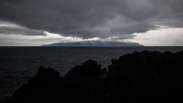 Corvo – Insel der Geimpften