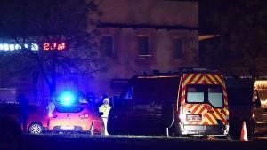 Französische Polizei schnappt den Verdächtigen