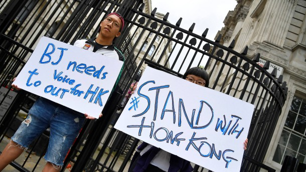 Hongkonger sollen britische Staatsbürgerschaft bekommen