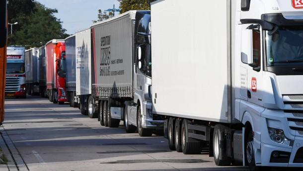 """""""Lkw-Maut ab 3,5 Tonnen und auf allen Straßen"""""""