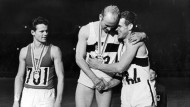 Freude mit Beethoven: Zehnkämpfer Willi Holdorf, Goldmedaillengewinner bei den Olympischen Spielen in Tokio 1964