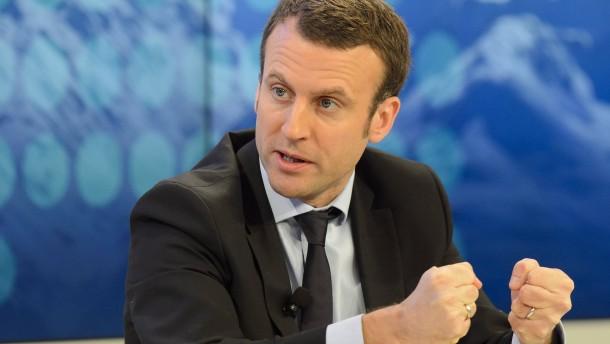 Frankreichs Wirtschaftsminister gründet eigene Partei