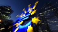 EZB-Politik kostet Deutsche 23 Milliarden