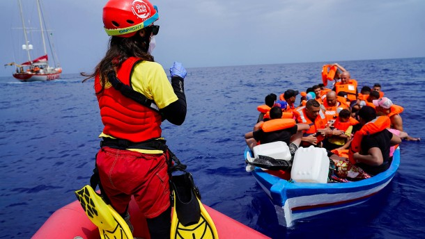Mehr als 500 Migranten landen auf Lampedusa