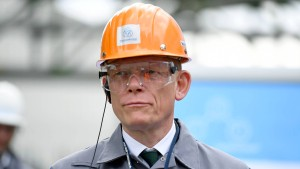 Thyssen-Krupp-Chef stimmt Mitarbeiter auf harte Zeiten ein