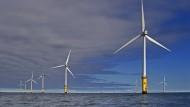 Der RWE Innogy Windpark vor der Küste von Nordwales
