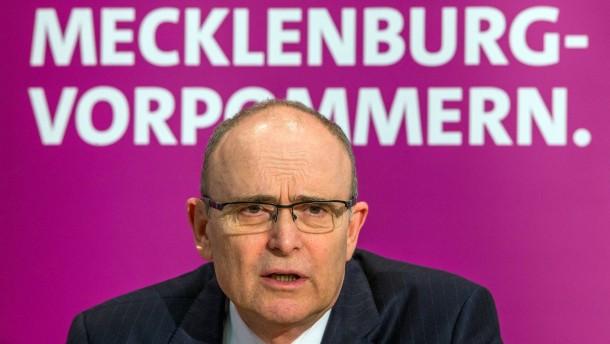Sellering wieder zum Ministerpräsidenten gewählt