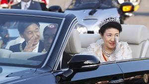Die Kaiserin ist zu Tränen gerührt