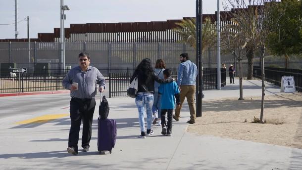 Trump droht mit Sperrung der Grenze zu Mexiko