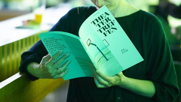 Regisseurin Karin Henkel erhält Theaterpreis Berlin