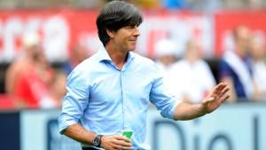 Löw beharrt auf Unabhängigkeit vom Sportdirektor