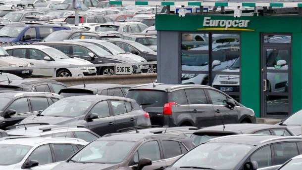 VW spielt Kauf von Europcar durch
