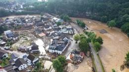 Zahlreiche Menschen durch Hochwasser gestorben