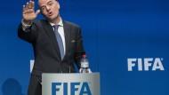 """""""Die Fifa wird sich im Sinne der Fans und Spieler weltweit nun wieder auf den Fußball konzentrieren"""", heißt es von Fifa-Präsident Infantino."""