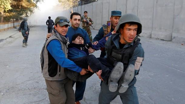 Junge sprengt sich in Kabul in die Luft