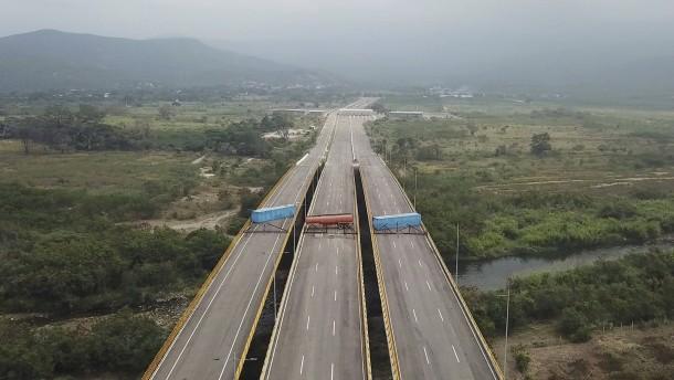 Welcher Weg führt aus der Blockade?
