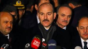 """Türkischer Innenminister will Gülen aus Amerika """"holen"""""""