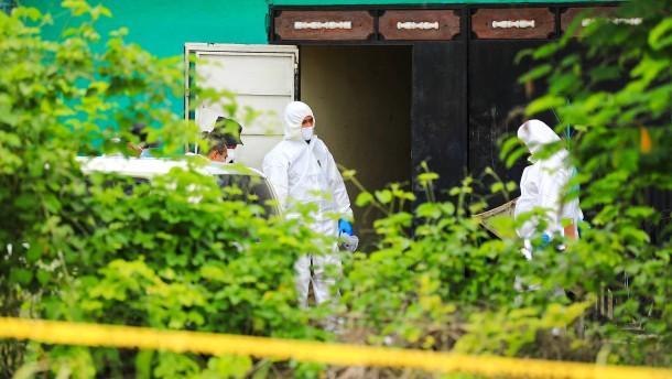 Zwölf Leichen bei mutmaßlichem Sexualmörder in El Salvador gefunden