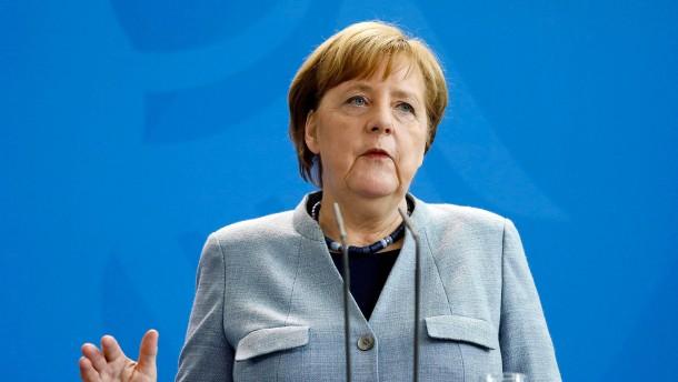 """Merkel: """"sehr klare Evidenz"""" für Chemiewaffen-Einsatz in Syrien"""