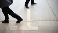 Bundesregierung stellt Hunderte neue Agenten ein