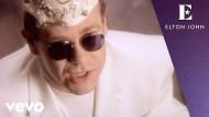 """Wenn man jemanden liebt, kann man alles erreichen – das singt Elton John in seinem Song """"You Gotta Love Someone""""."""