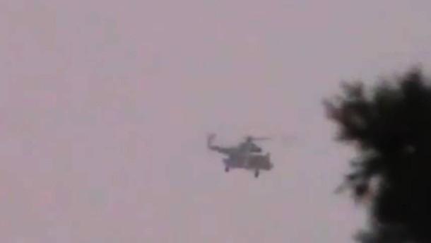 Briten stoppen russisches Schiff mit Hubschraubern