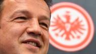 Blick nach vorn: Sportvorstand Fredi Bobic nimmt seine Arbeit auf - der Kader der Eintracht soll neu ausgerichtet werden.