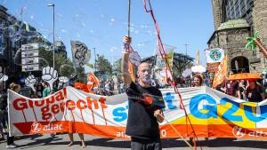 G-20-Gegner ziehen vor Bundesverfassungsgericht