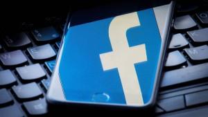Etappensieg für Facebook gegen das Kartellamt