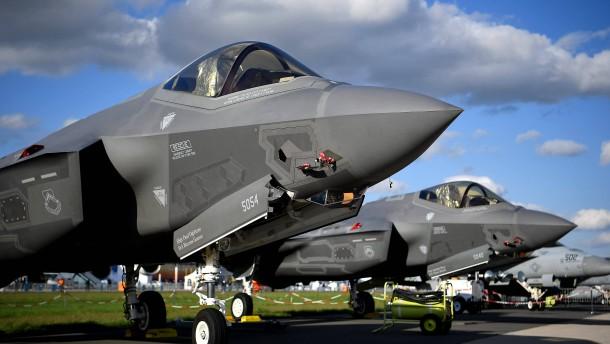 Höchster Zuwachs bei weltweiten Militärausgaben seit zehn Jahren