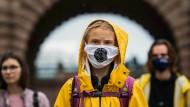"""Seit über zwei Jahren am Streiken: Greta Thunberg bei einem """"Fridays for Future""""-Protest in Stockholm im Oktober 2020"""