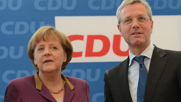 Merkel will an Verabschiedung Röttgens teilnehmen